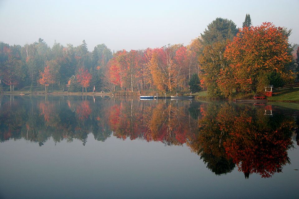 Spur Lake in Fall